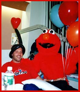 A great way to cheer up a sick or hospitalized friend with a personalized Elmo singing telegram.  An elmo birthday singing telegram is fun for children too!