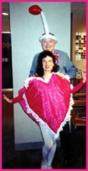 Surprise a loved one with a romantic singing telegram or birthday singing telegram at their office, home or party in NYC.  This singing telegram was a valentines day singing telegram.